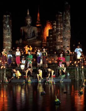 loy-kratong-festival-sukhothai